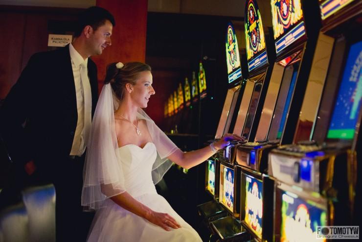 plener ślubny w kasynie Admiral Chełm
